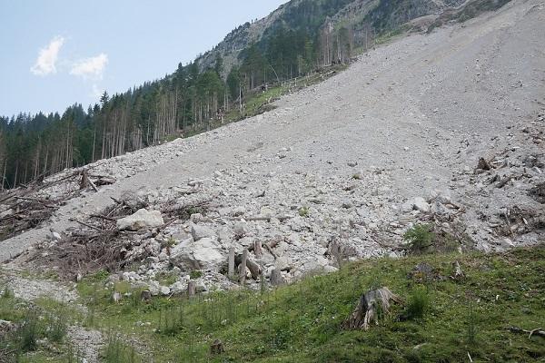 Finanziamenti Campania, 12 milioni ai Comuni contro il dissesto idrogeologico